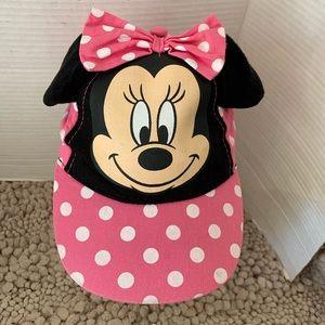 Minnie Mouse pink poka dot hat.